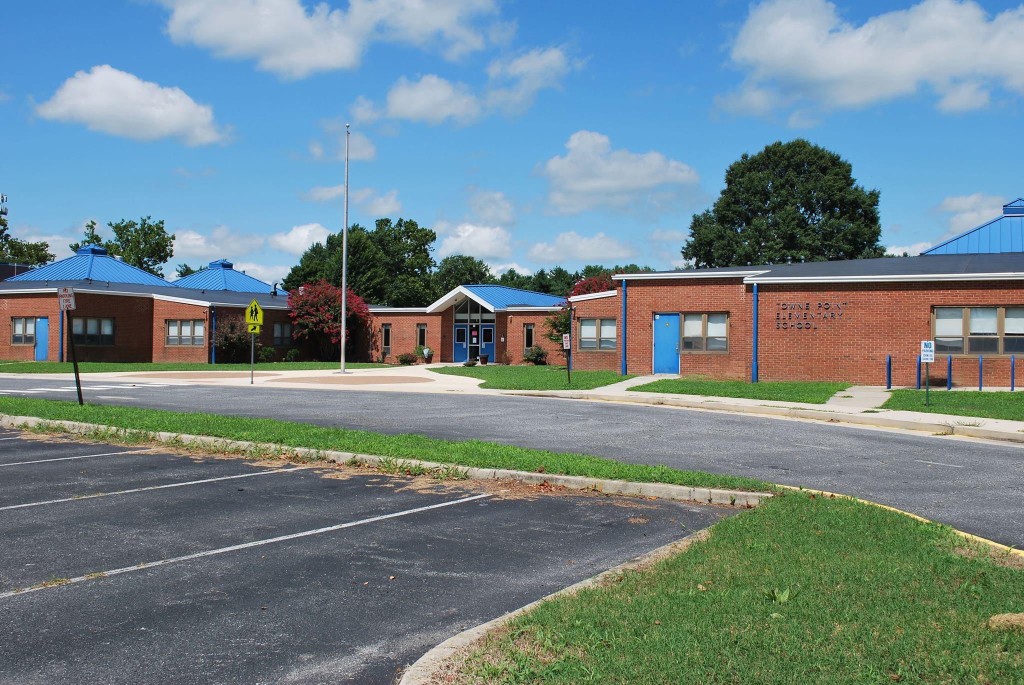 Towne Point Elementary School